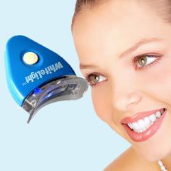 جهاز تبييض الاسنان بالضوء