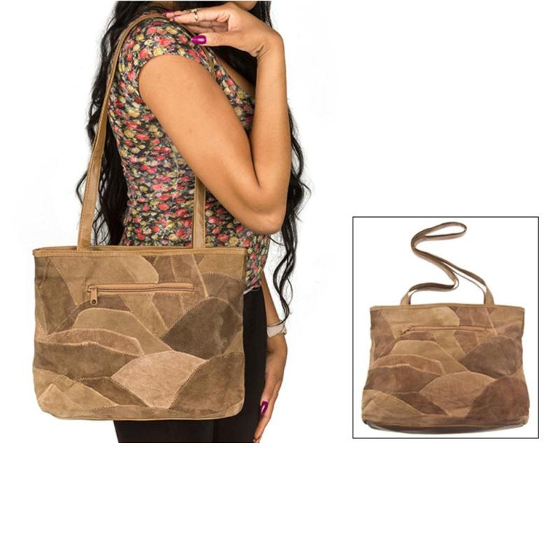 38efb3d8cb460 حقيبة يد مع الكتف من جلد الغزال الطبيعي